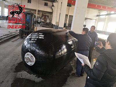 pneumatic rubber fender testing-1